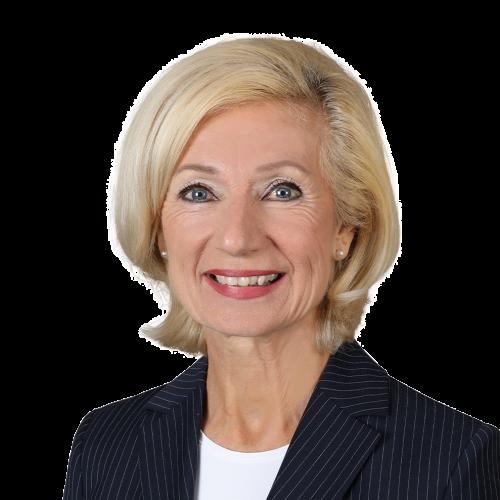 Prof. Dr. Julia Lehner