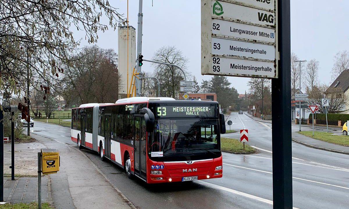 Zusatzfahrten bei der Buslinie 53